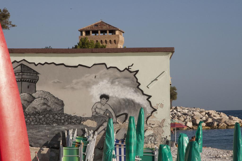 murales-low